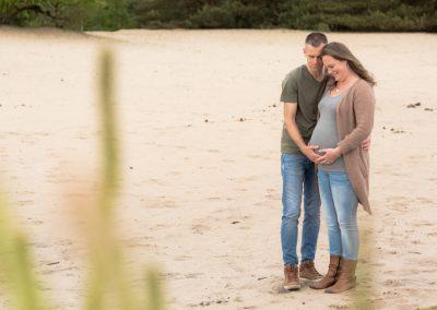 Zwangerschap fotoshoot op locatie