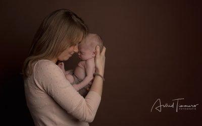 Newborn fotoreportage Stijn